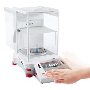 Waga semi mikroanalityczna z jonizatorem EX225DM/AD 120g/220g 0,01mg/0,1mg z legalizacją OHAUS