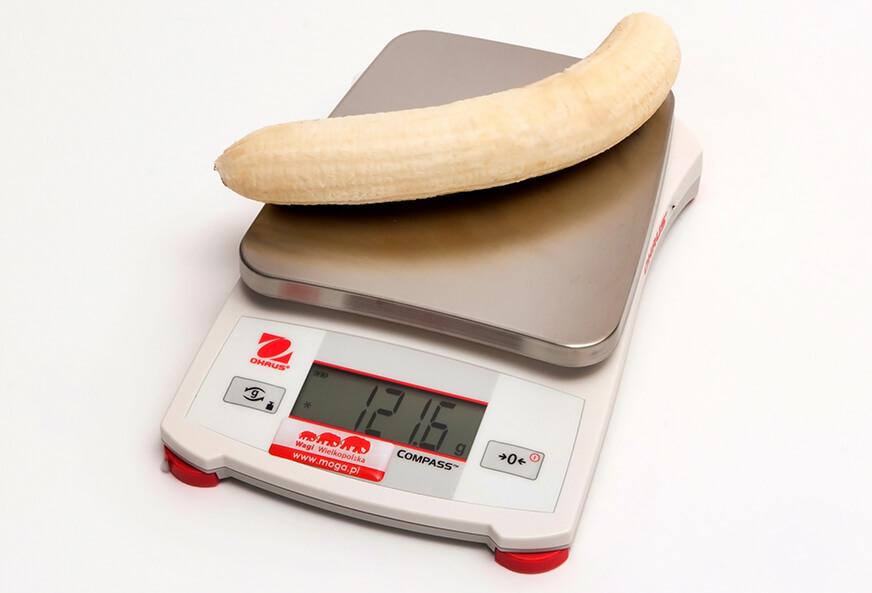 banan obrany na wadze