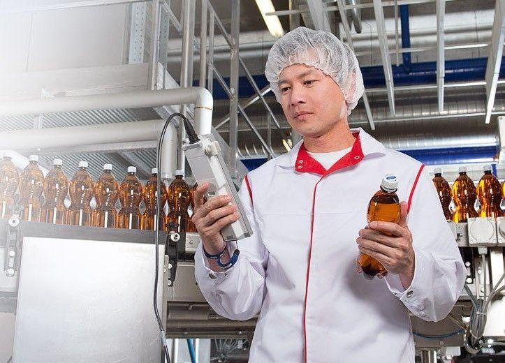 badanie ph wody na hali produkcyjnej