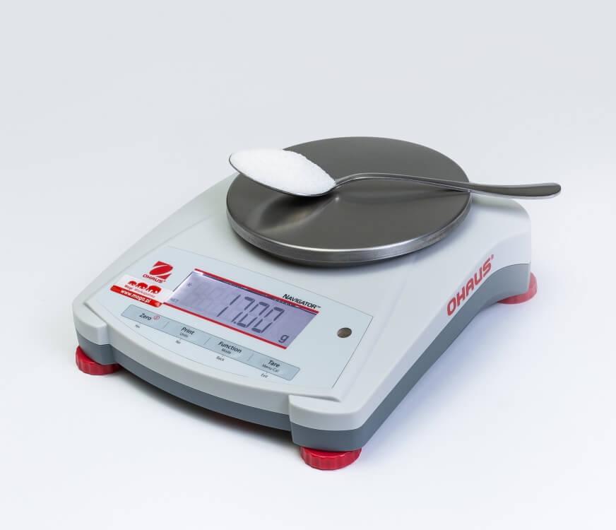 Łyżka cukru na wadze